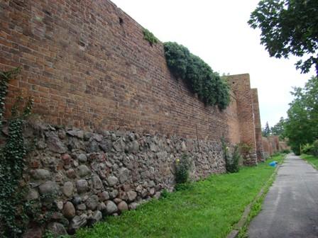 Fot.25 Pyrzyce mury